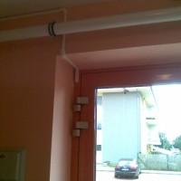 Příklad vedení kabelů v liště